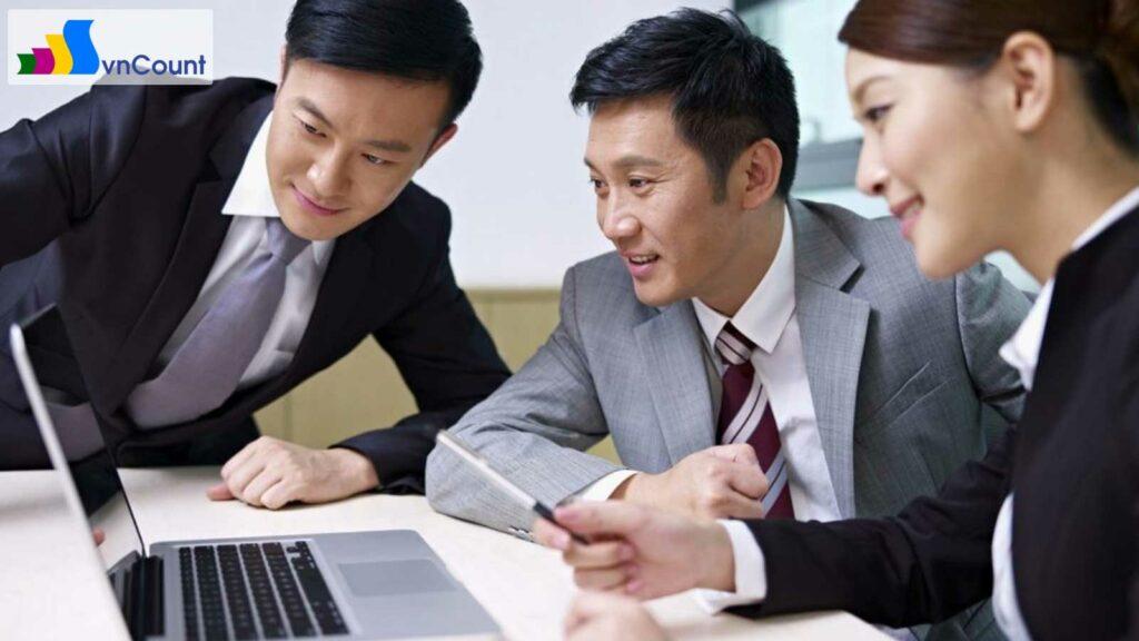 những lưu ý đối với người đại diện theo pháp luật trong công ty cổ phần