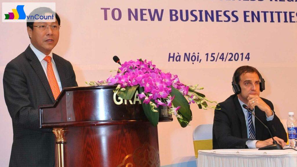 thứ trưởng Đặng Huy Đông phát biểu tại hội nghị khởi động dự án