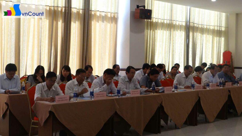 đại biểu tham gia Hội nghị giao ban ngành đăng ký kinh doanh