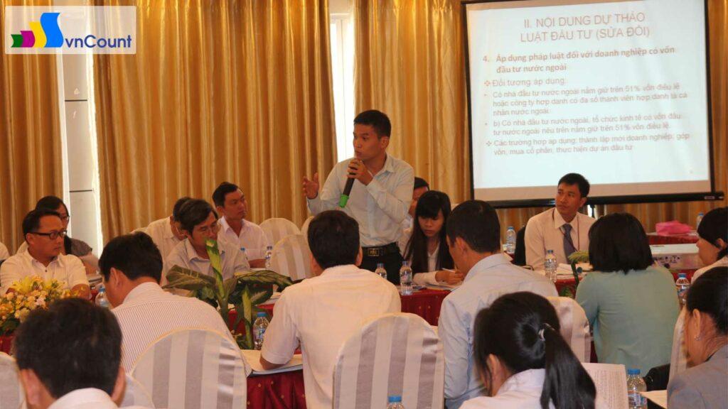 đại diện văn phòng luật sư tại tp hcm có ý kiến tại hội thảo luật doanh nghiệp