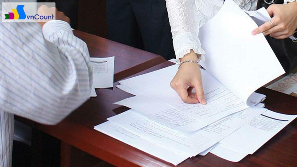 luật Doanh nghiệp 2014 đã giảm thời gian xử lý hồ sơ đăng ký doanh nghiệp