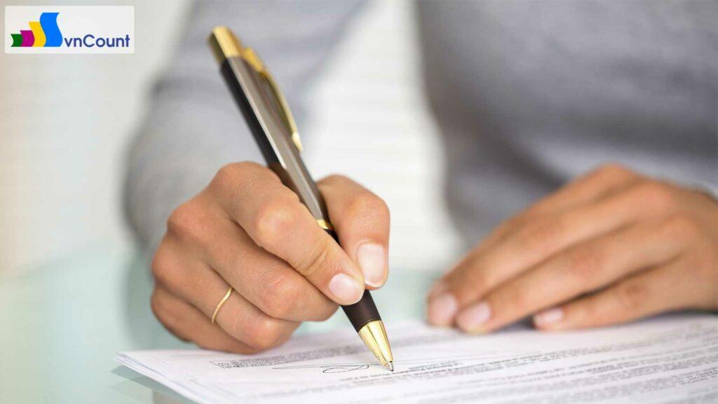 quyền đơn phương chấm dứt hợp đồng
